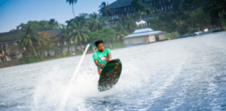 Guests at Centara Ceysands Resort & Spa Sri Lanka enjoy the best of both marine worlds
