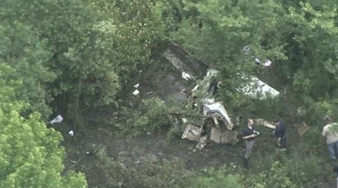 Small plane crash in New Jersey