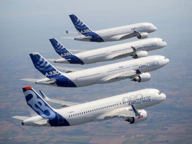 Airbus logs orders for 100 jetliners in June