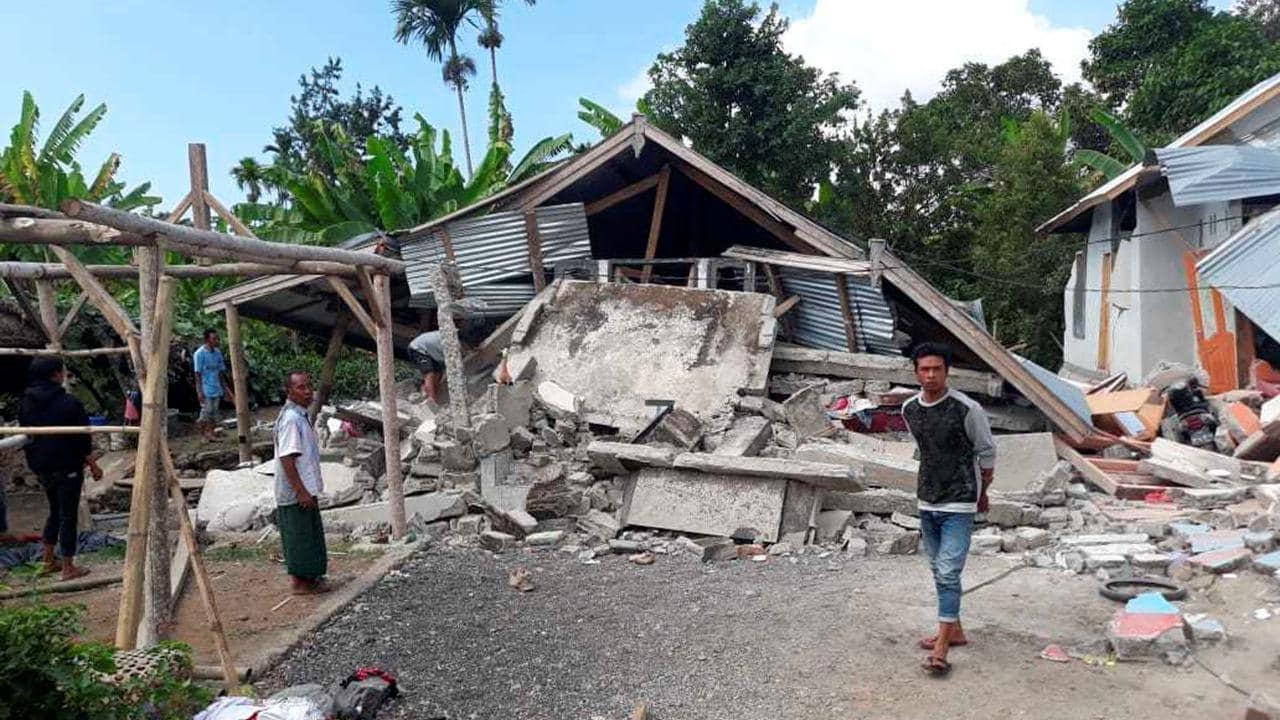 Powerful Lombok earthquake kills 19 people, prompts ...