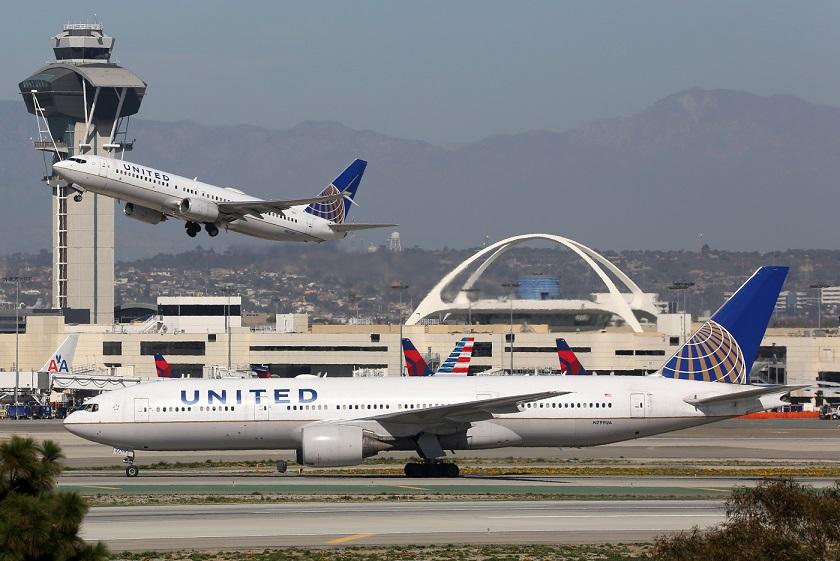"""""""Hello, Buongiorno, Ahoj, Hallo!"""" United Airlines announces new routes"""