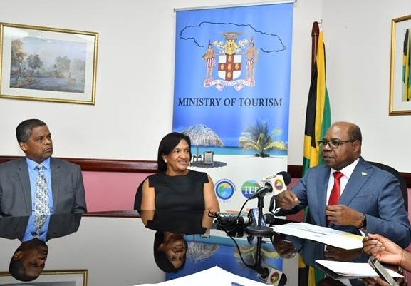 Minister Bartlett to lead international engagements to increase winter arrivals