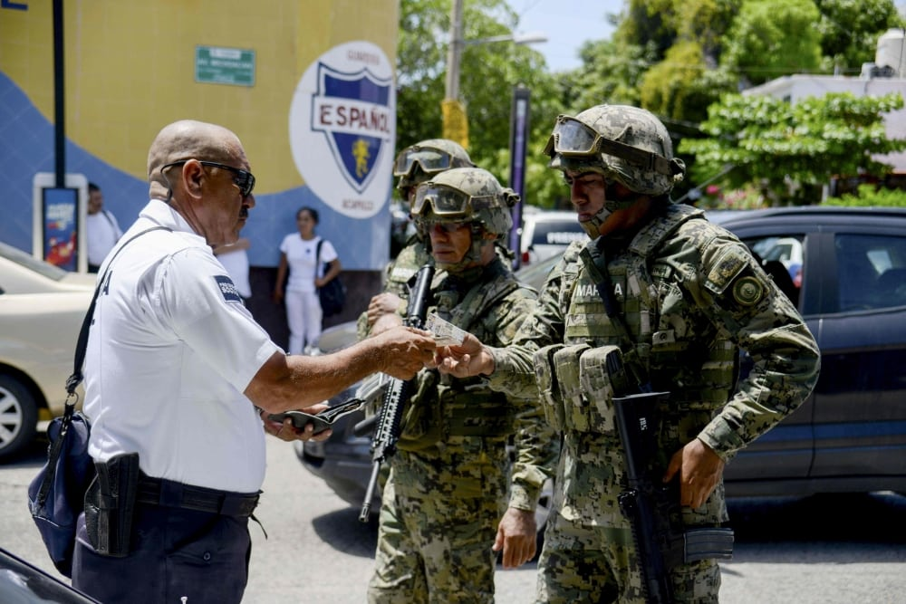 Murder, drug dealings, tourism police: Acapulco police force disarmed