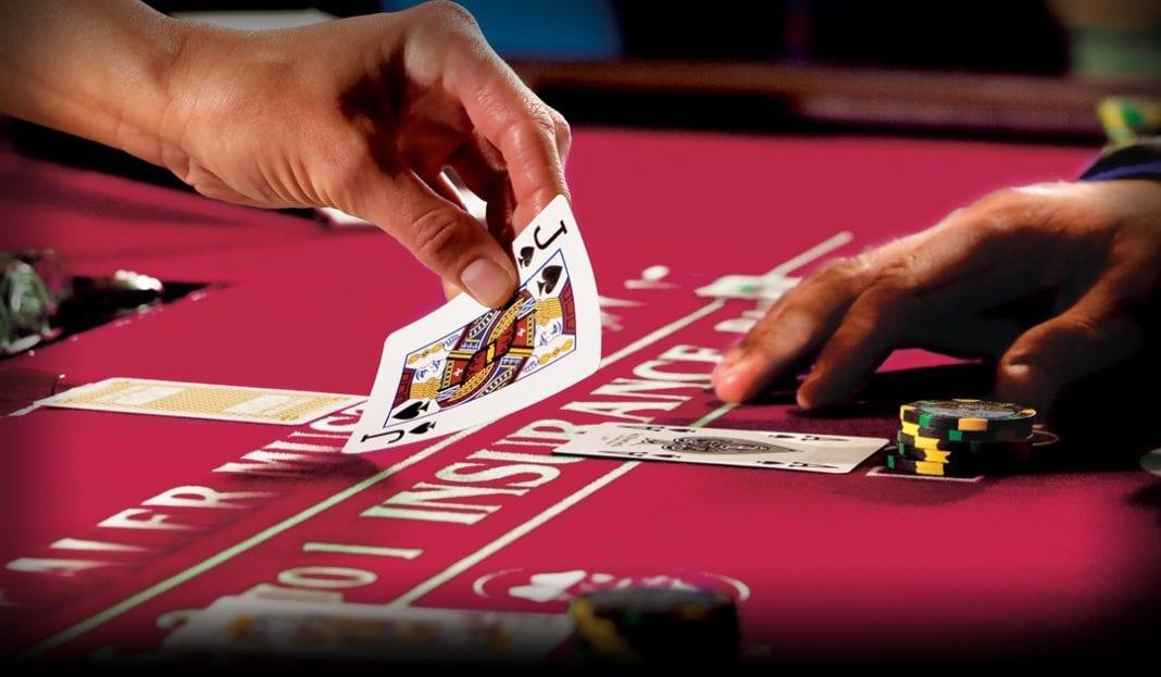 pensacola dog track poker room review
