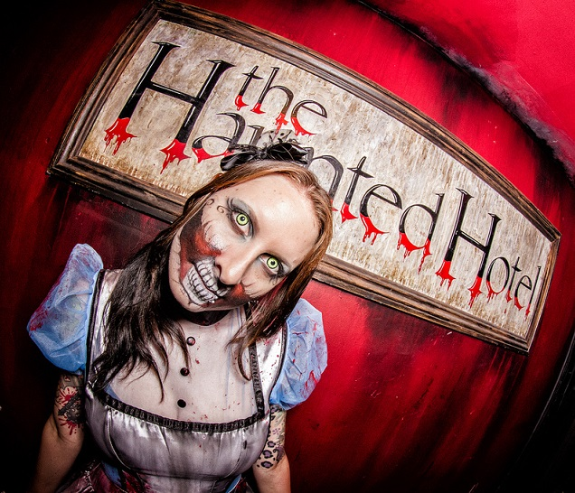 An American Halloween tradition – haunted houses