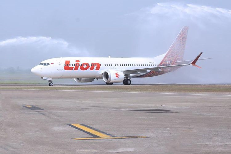 Lion Air passenger jet crashes into the sea off the coast of Indonesia