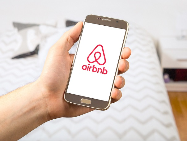 , Airbnb fights back after opponents circulate fake news, Buzz travel | eTurboNews |Travel News