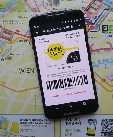 Why tourists should Visit Vienna with a smartphone?