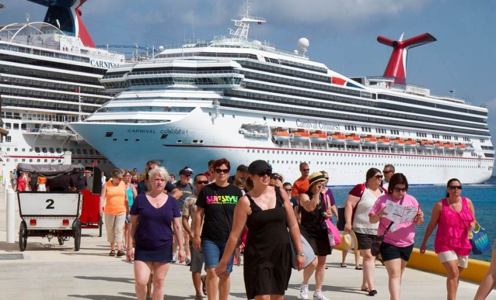 Global tour guides see cruise tourism as double-edged sword