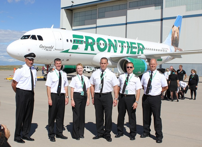 Frontier Airlines flight attendants vote to authorize a strike