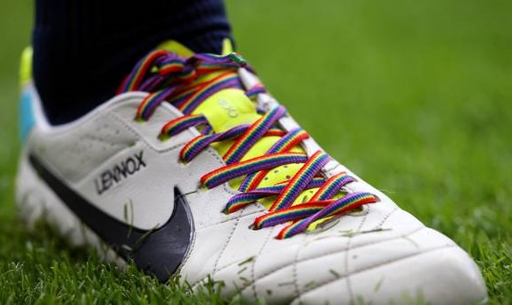 , Bermuda World Rugby Classic celebrates equality and inclusion with rainbow shoelaces, Buzz travel | eTurboNews |Travel News