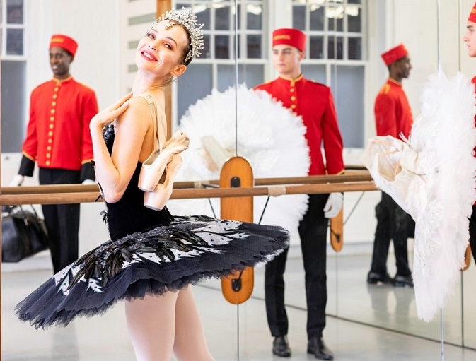 Cunard cruise line partners with English National Ballet