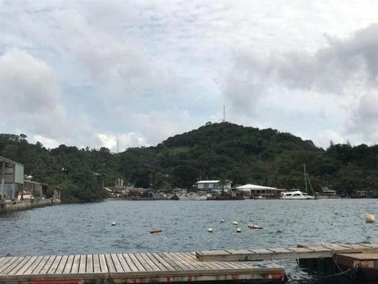Palau Island plans sunscreen ban to save coral