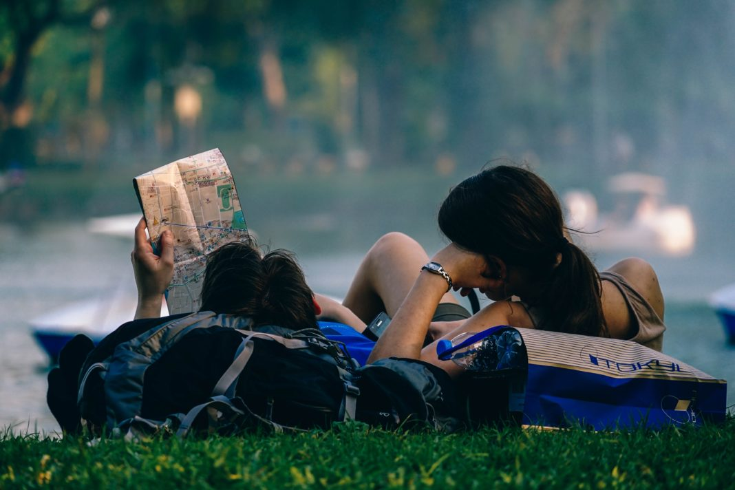 5 tips to travel more as a busy college student