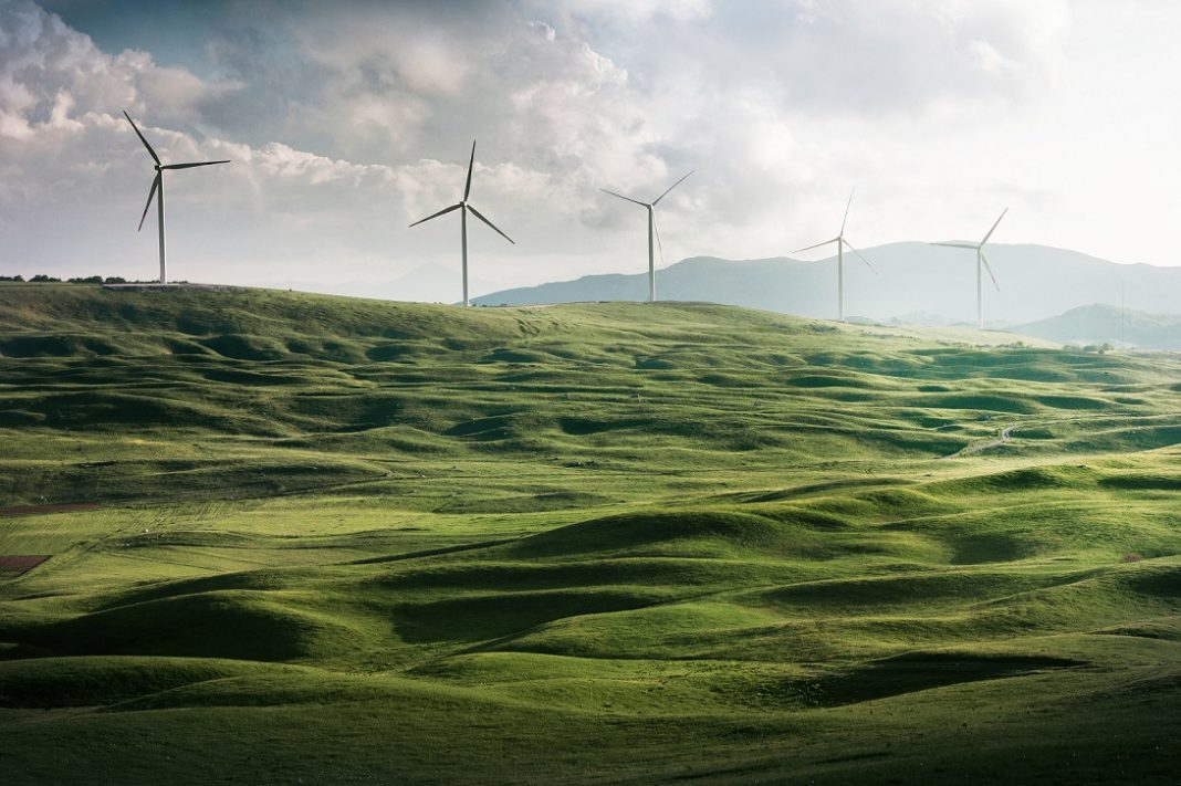 Investments in wind and solar power to boost Australia's renewable energy production