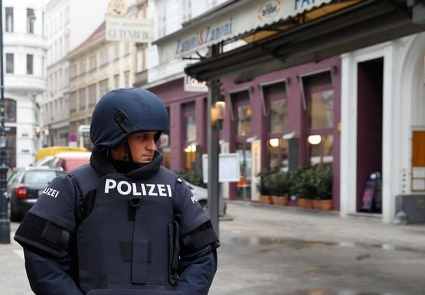 Vienna restaurant shooting leaves 1 person dead, 1 injured
