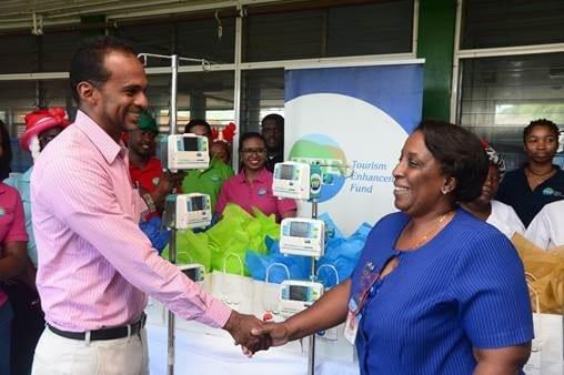 Jamaica, Jamaica Tourism donates medical equipment to UHWI's pediatric ward, Buzz travel | eTurboNews |Travel News