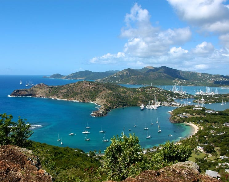 Antigua and Barbuda welcome new American Airlines flights for winter season