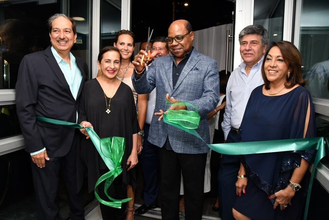 Jamaica Tourism Minister declares new Bijoux Kingston open