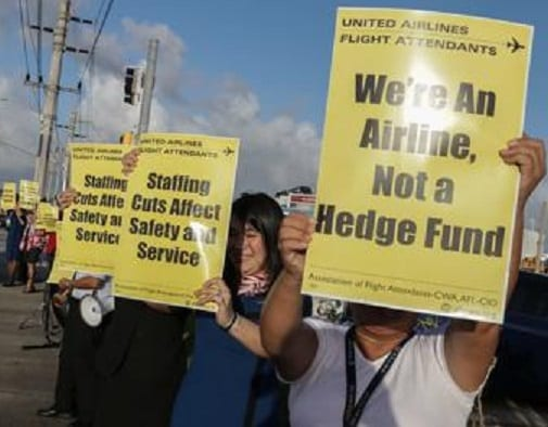 Global protest over United Airlines staff cuts