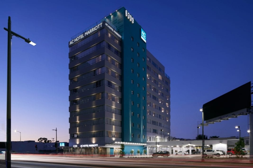 los angeles 39 first ac hotel by marriott opens in beverly. Black Bedroom Furniture Sets. Home Design Ideas