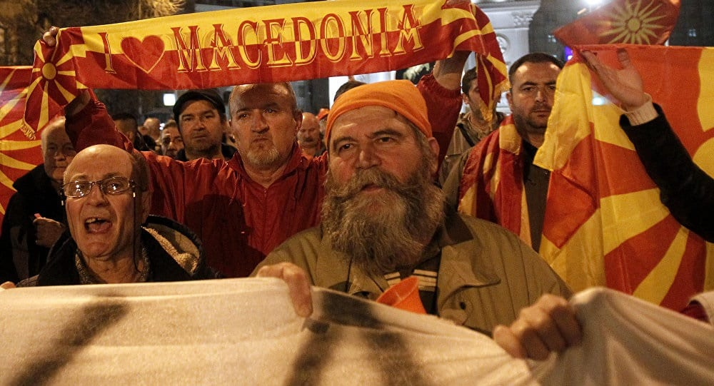 'National treason': Nationalists protesting renaming of Macedonia