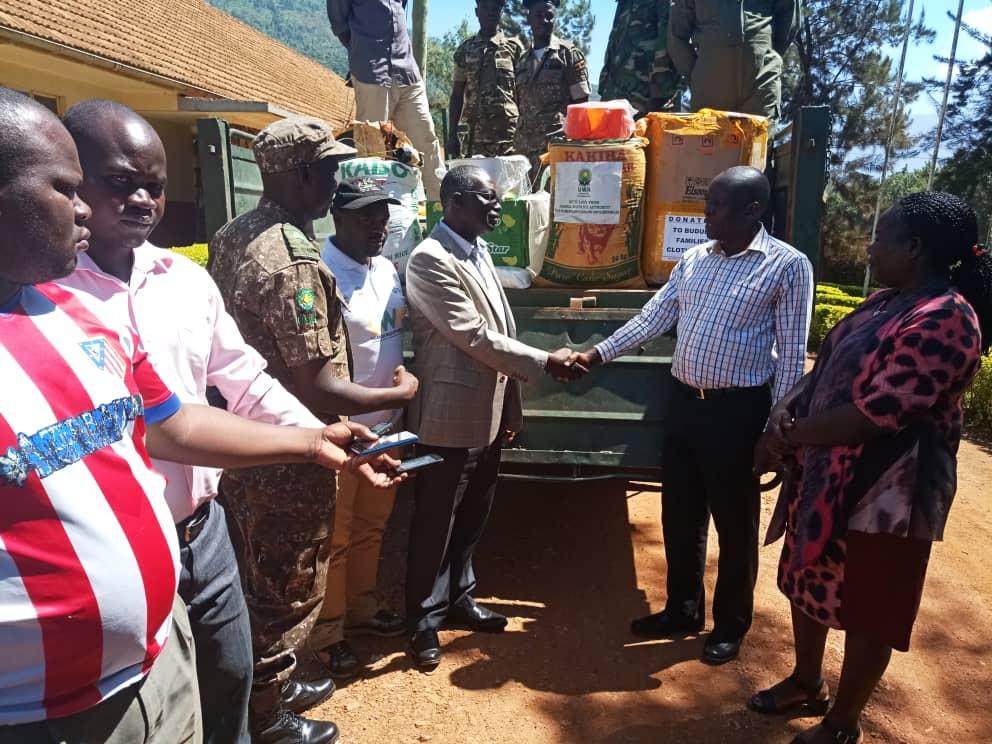 , Uganda Wildlife Authority donates relief to victims of floods and landslides at Mt. Elgon, Buzz travel | eTurboNews |Travel News