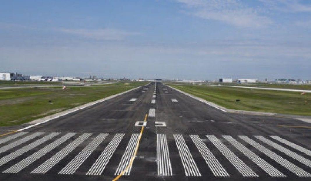FAA changes environmental review of Charlotte-Douglas International Airport runway