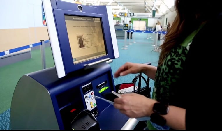 Airline passengers pleased about automated passport control