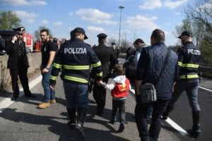 , Senegalese migrant sets school bus full of children on fire in Italy, Buzz travel | eTurboNews |Travel News