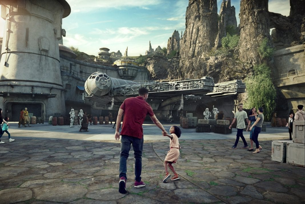 Star Wars: Galaxy's Edge to open at Disneyland Resort and at Walt Disney World Resort