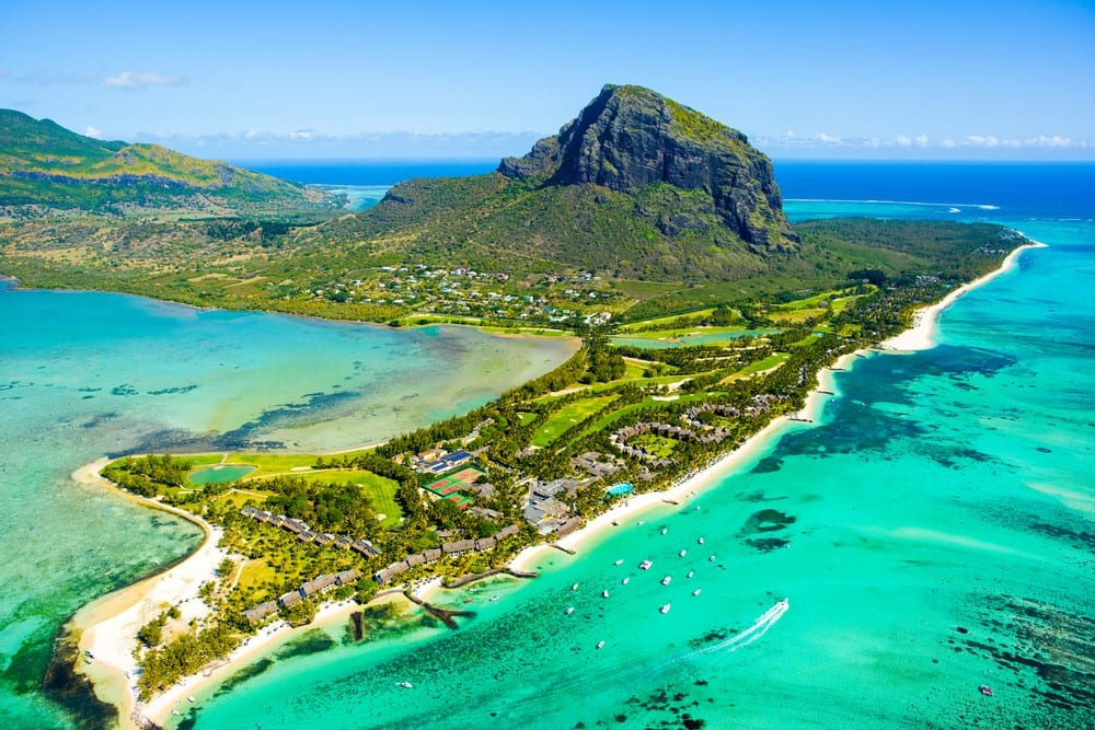 Visiting Mauritius: What is the best way to rent a car in Mauritius?
