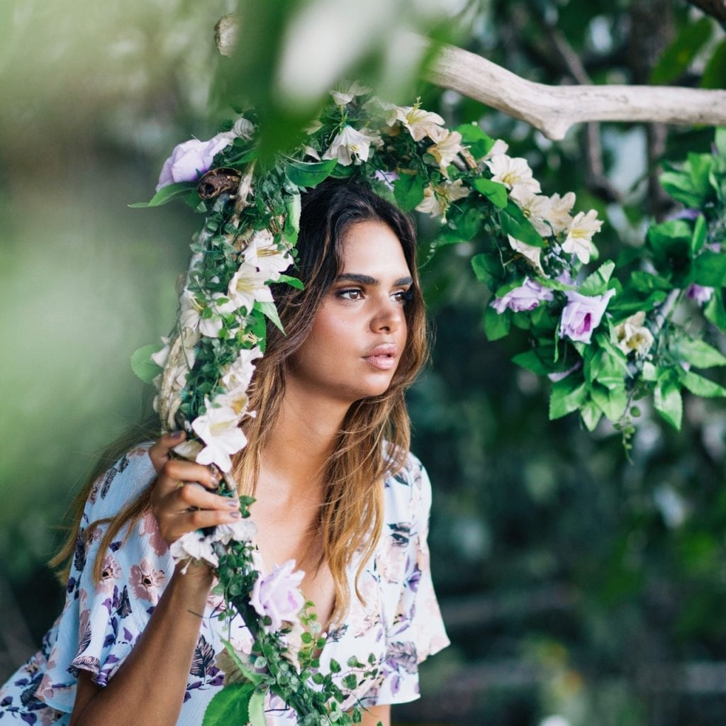 North Queensland tourists are grounded with help of a beautiful Aboriginal model
