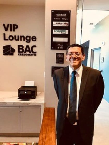UNIGLOBE Premium Travel signs exclusive partnership with BAC Credomatic VIP Lounge