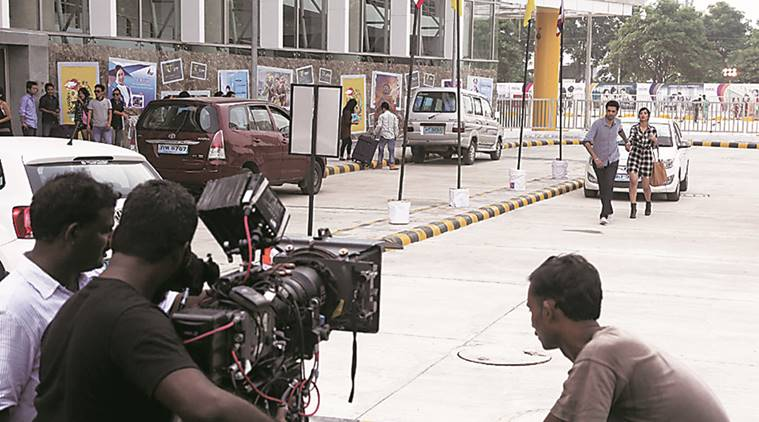 States must develop friendly policies to encourage India film tourism