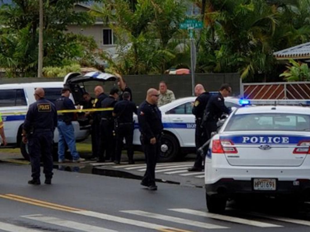 Three people killed in Hawaii tour helicopter crash