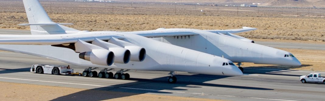 Plane spotted in California has the size of a football field