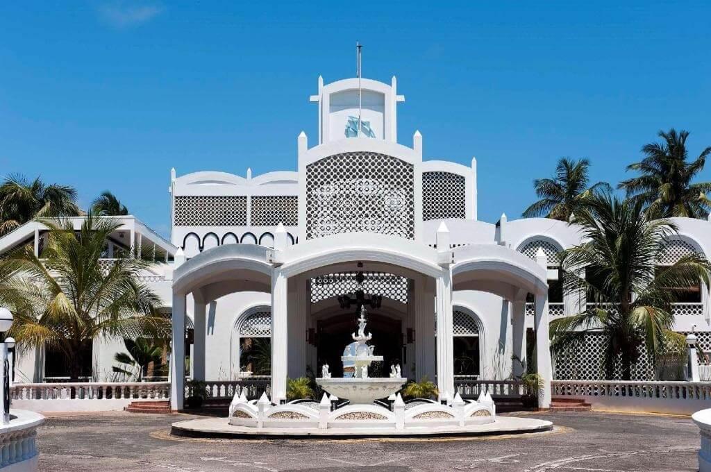 , Tanzania's oldest beach hotel to undergo major facelift before upgrading to 5-star status, Buzz travel | eTurboNews |Travel News