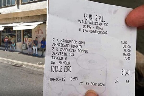 Daylight robbery: Rome tourists charged €81 for two burgers and three coffees