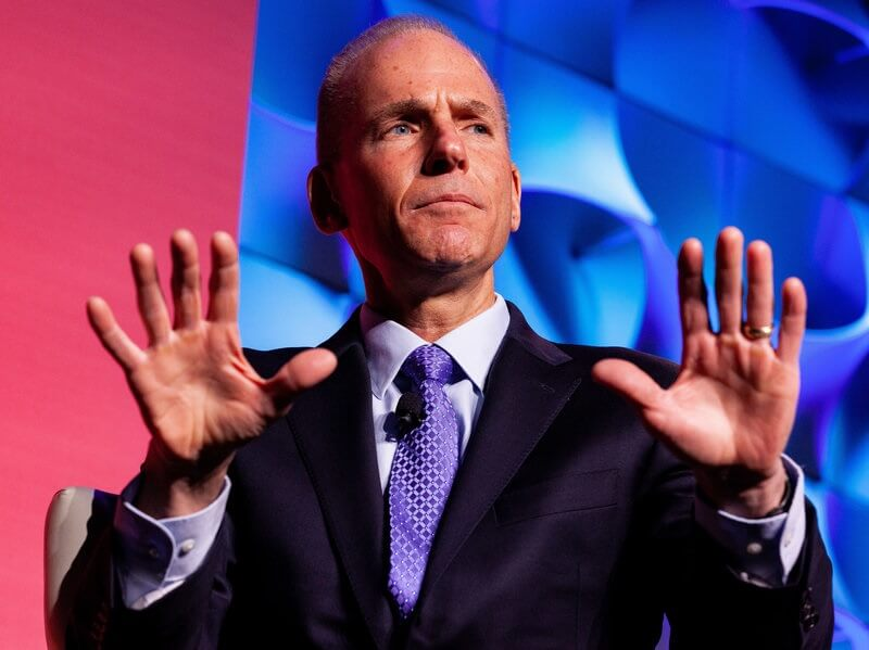Finally! Boeing CEO admits failure to properly implement 737 MAX safety alert feature