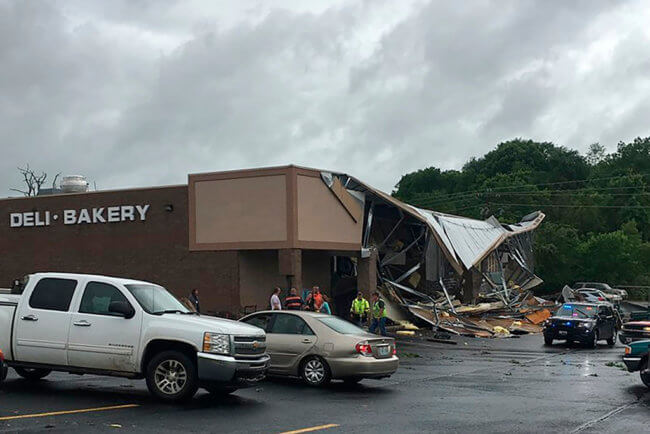 , Fire Department asks citizens to pray after catastrophic tornado hits Jefferson City, Missouri, Buzz travel | eTurboNews |Travel News