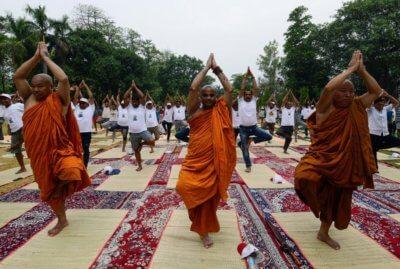 , India celebrates International Yoga Day in inventive ways and in strange places, Buzz travel | eTurboNews |Travel News
