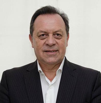 Gustavo Santos i