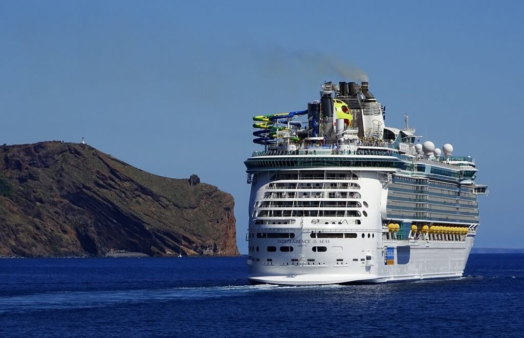 Breakthrough clean-energy technology: Royal Caribbean orders third Icon-class ship