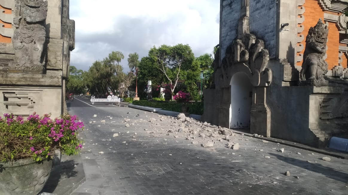 Tourist Resort Nusa Dua in Bali hit by another earthquake