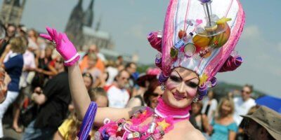 """, 50 years of Pride biggest in Cologne means """"Many together, strong"""": Tourists welcome, Buzz travel 