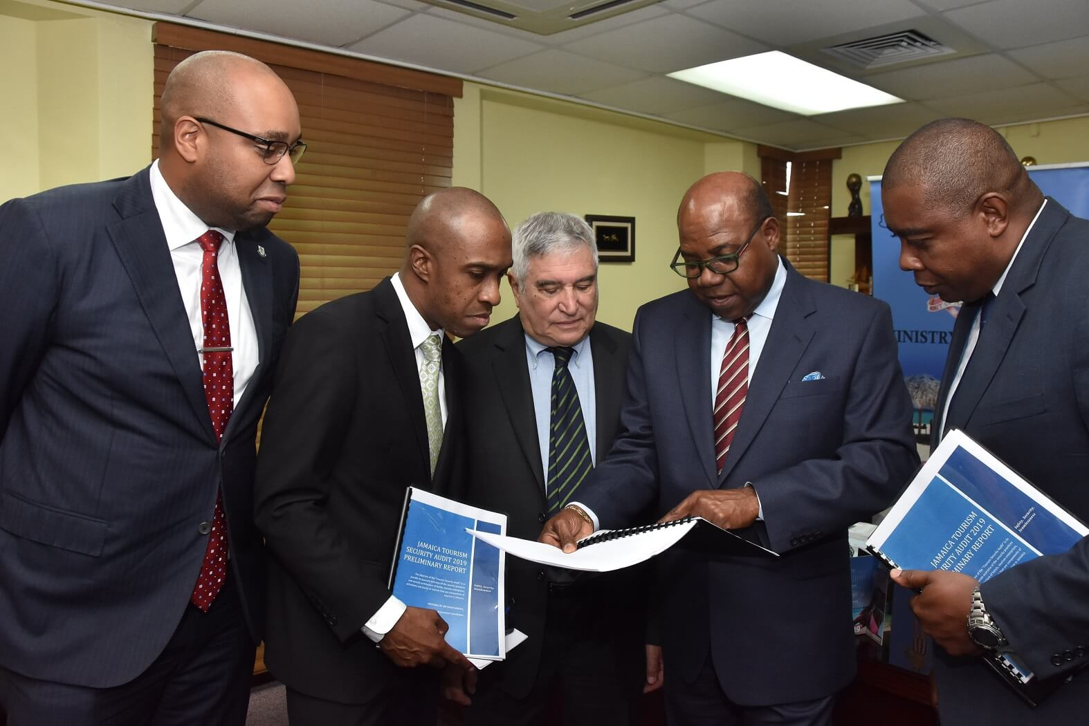 Jamaica Tourism Minister appoints New Director of Visitor Safety and Experience