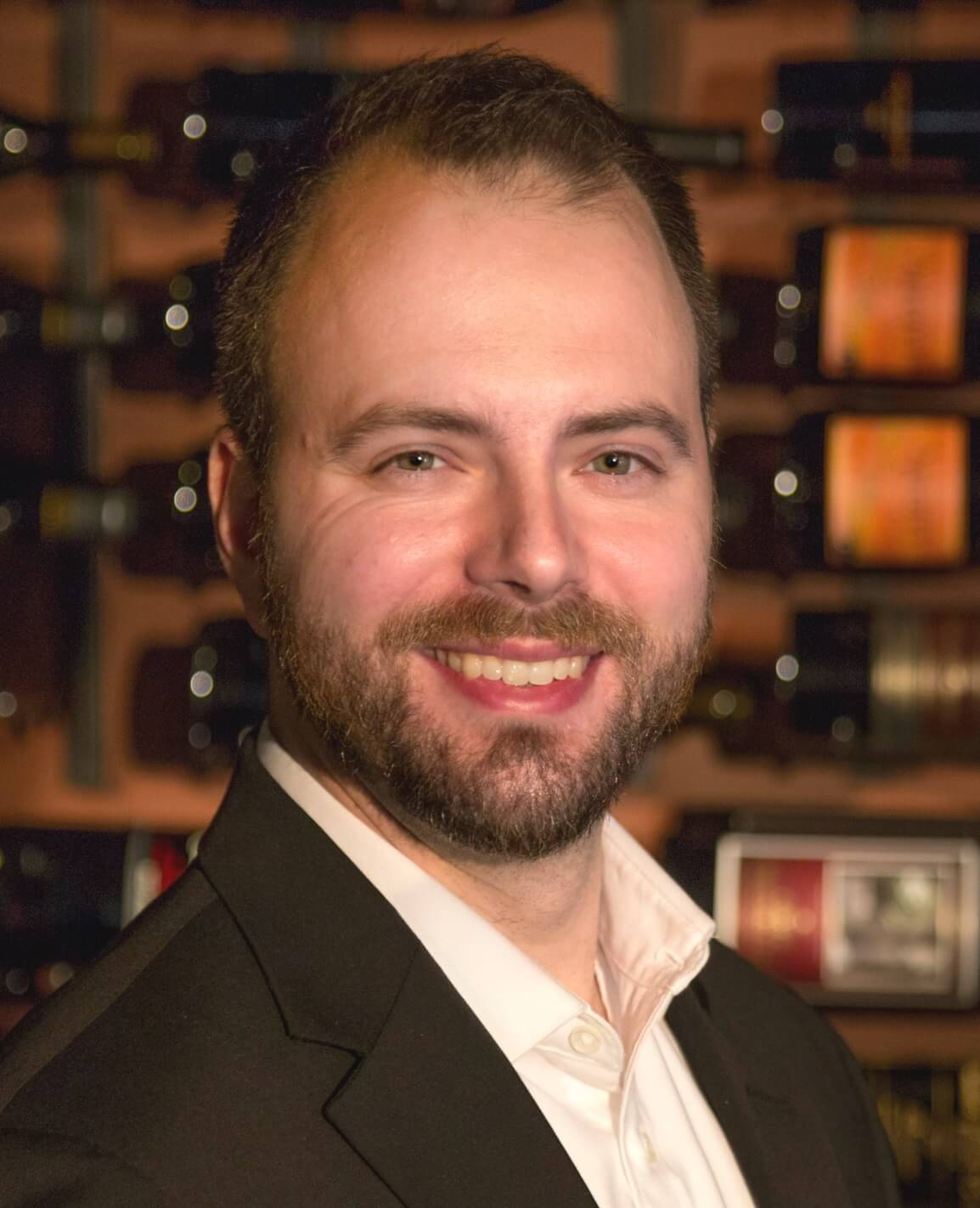 Benchmark names new Wine Director and Restaurant Outlets Manager For Willows Lodge