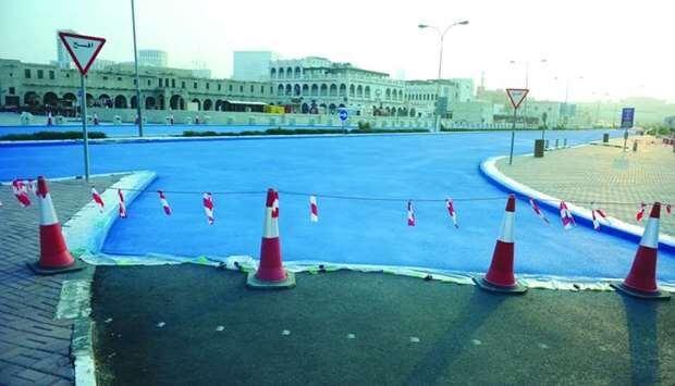 Qatar capital's roads turn blue to combat extreme heat