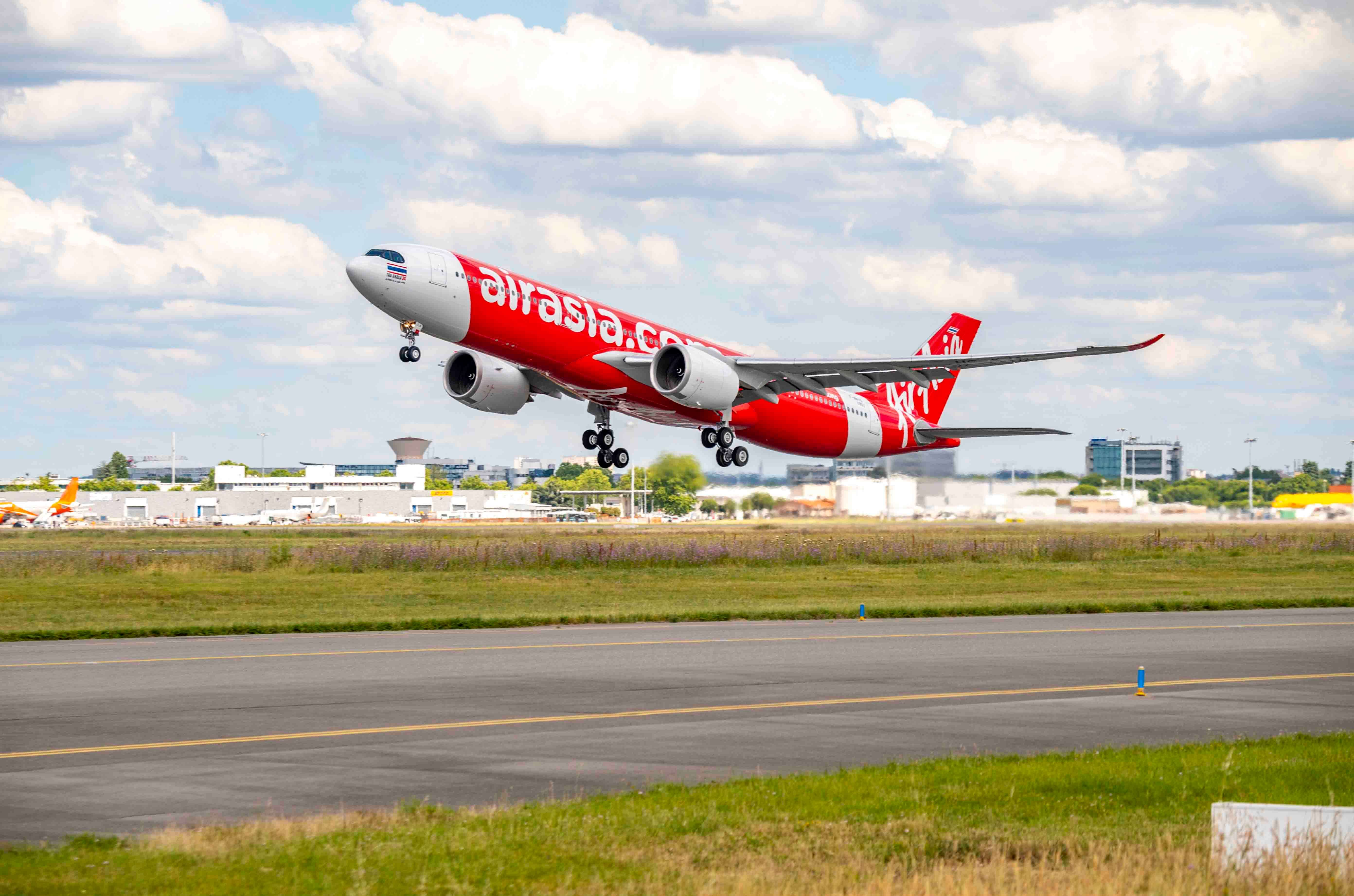 AirAsia receives its first Airbus A330neo